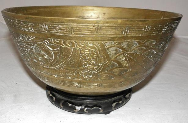 Oriental early bronze elaborately chased bronze center