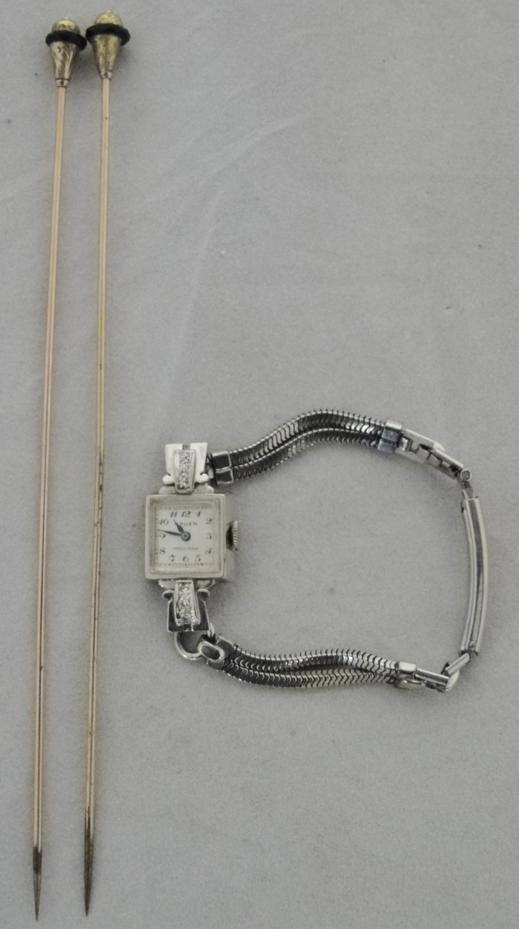 14k gold ladies Gruen wrist watch with diamond accents