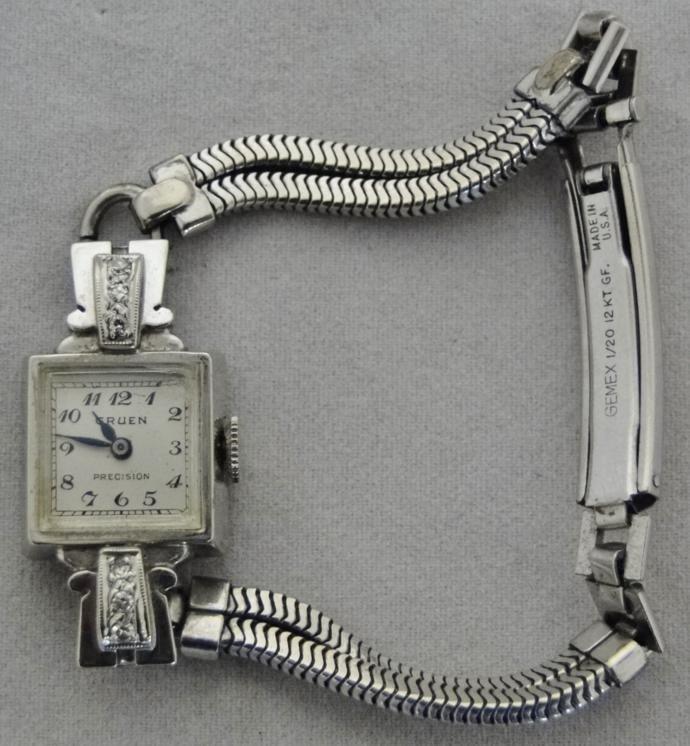 14k gold ladies Gruen wrist watch with diamond accents - 3
