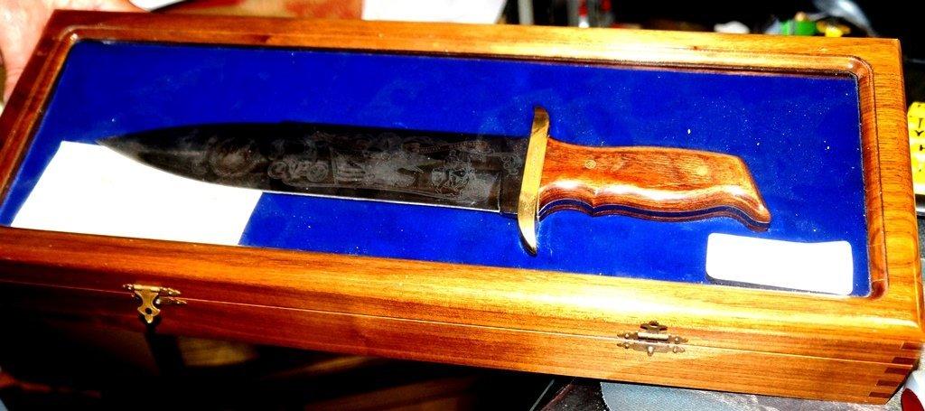 1988 HARLEY DAVIDSON LTD. EDITION BOWIE MODEL 90 KNIFE