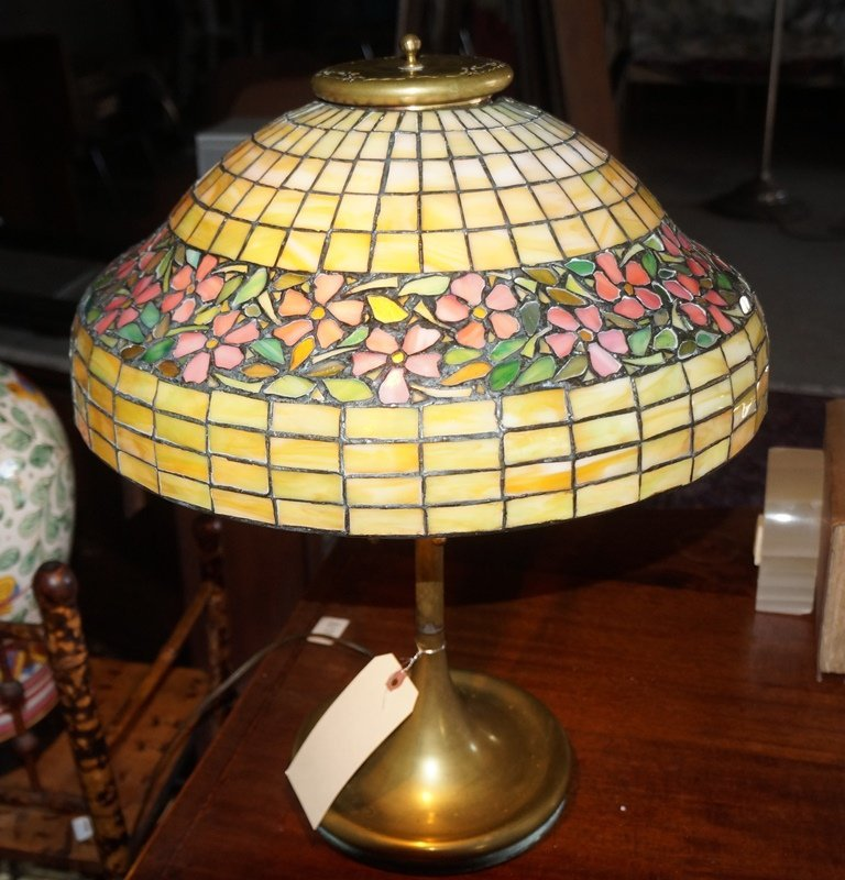 LEADED GLASS GEOMETRIC FLORAL BAND LAMP ATTR TO UNIQUE - 10
