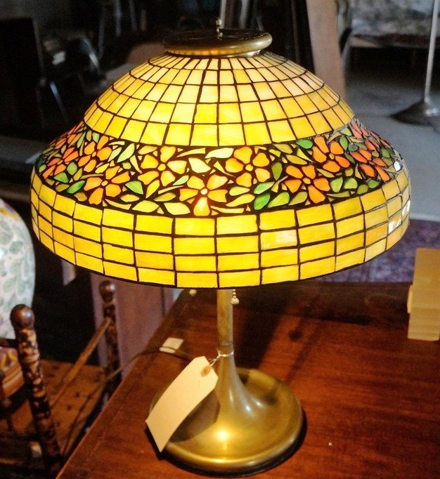 LEADED GLASS GEOMETRIC FLORAL BAND LAMP ATTR TO UNIQUE