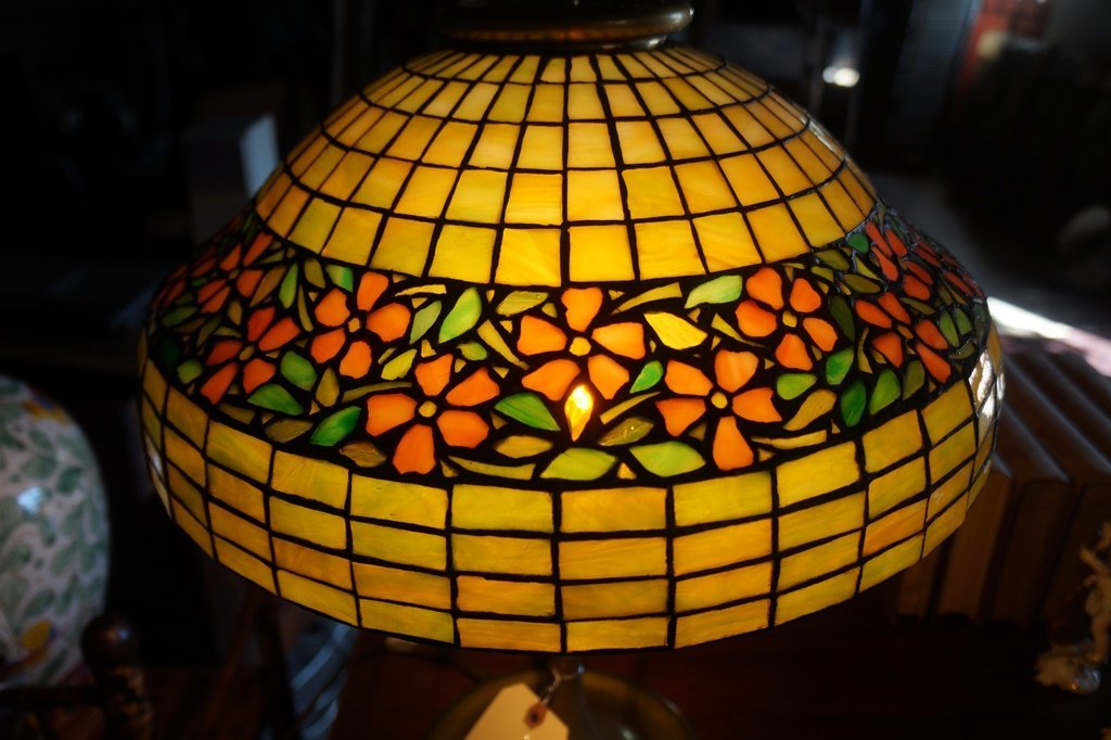 LEADED GLASS GEOMETRIC FLORAL BAND LAMP ATTR TO UNIQUE - 2