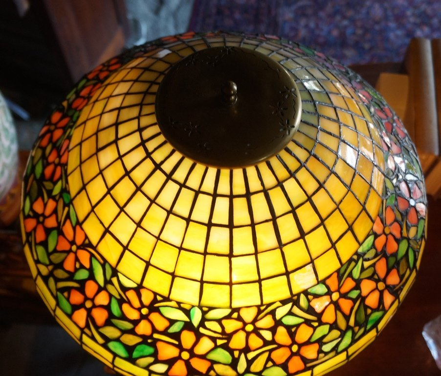 LEADED GLASS GEOMETRIC FLORAL BAND LAMP ATTR TO UNIQUE - 3