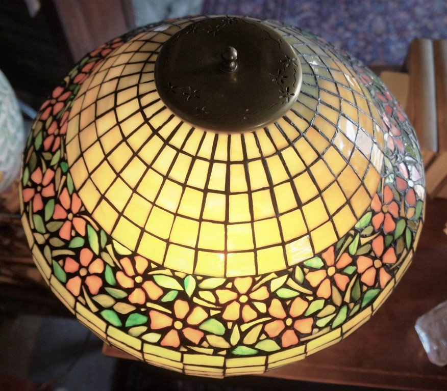 LEADED GLASS GEOMETRIC FLORAL BAND LAMP ATTR TO UNIQUE - 4