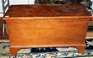 Pine blanket box having bracket feet refinished from