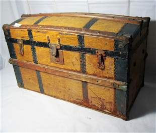 Childs size Dometop Trunk with full interior