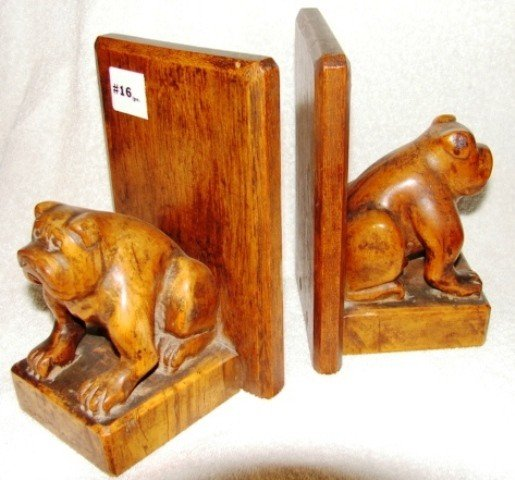 16: Pair of carved hardwood bookends, with seated bulld