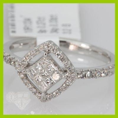 Genuine 0.6 ctwPrincess cut Diamond Ring 14kt White Gol
