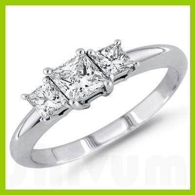 142186013: 1.00 ctw Princess cut Three Stone Diamond Ri