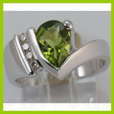 Genuine 1.85 ctw Peridot & Diamond Ring 14KT