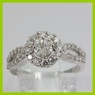 Genuine 0.94 ctw Princess cut Marque Diamond Ring 18kt