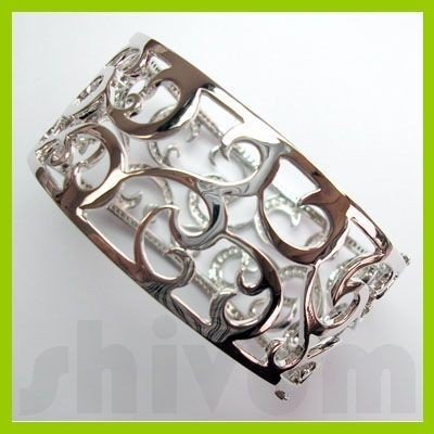 Genuine 1.37 ctw 18K Diamond Studded Fashion Bangle SI1
