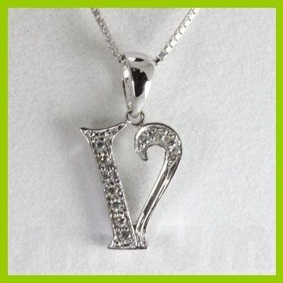 "Genuine 0.06 ctw Letter V Diamond Necklace 16"" 14kt"