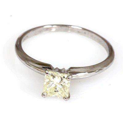 0.75 ct Princess cut Diamond Solitaire Ring