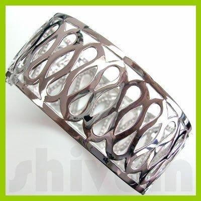 Genuine 4.35 ctw 18K Diamond Studded Fashion Bangle SI1