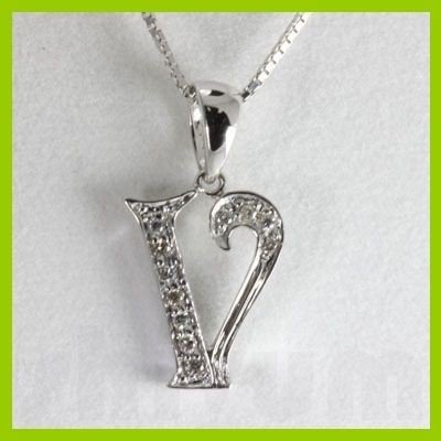 "Genuine 0.06 ctw Letter V Diamond Necklace 16"" 14kt"