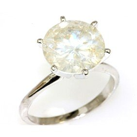 5.83. ct Round cut Diamond Solitaire Ring,  H-K, SI-I