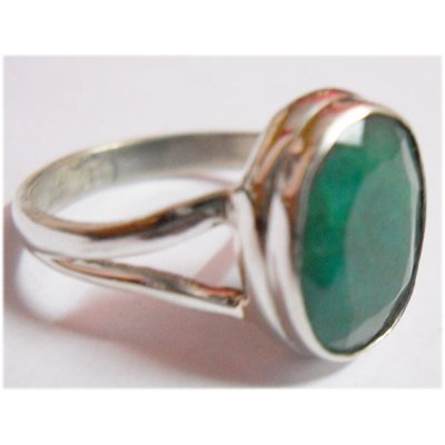 Natural 15.70 ctw Emerald Ovel Ring .925 Sterling