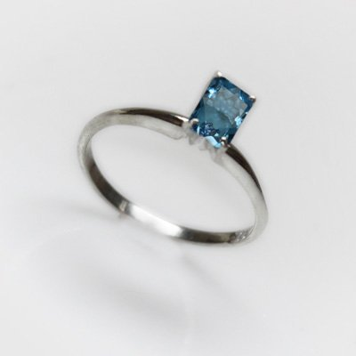 Natural 3.15 ctw Blue Topaz Emerald .925 Sterling Ring