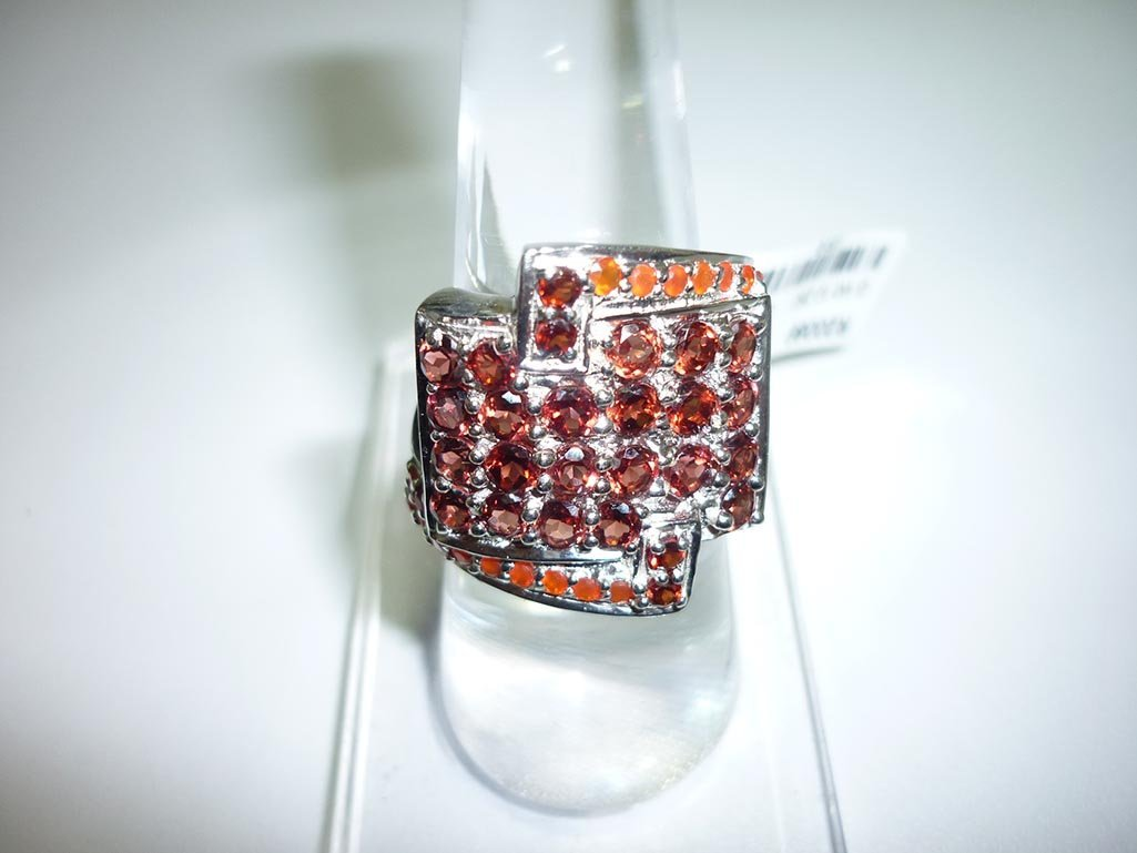 51.25 CTW GARNET AND CARNELLIAN RING .925 STERLING SILV