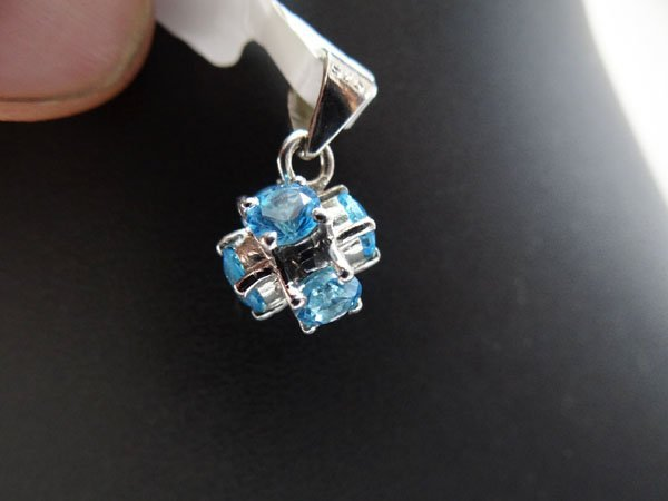 10.50 CTW BLUE TOPAZ PENDANT .925 STERLING SILVER