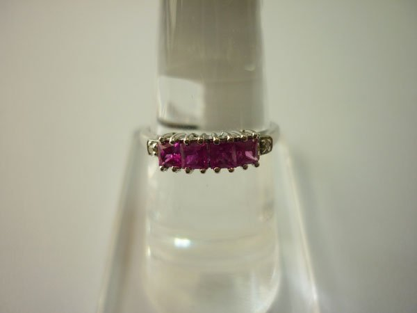 10.00 CTW RUBY AND DIAMOND RING .925 STERLING SILVER
