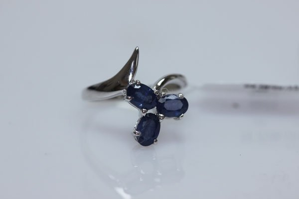 14.75 CTW SAPPHIRE RING .925 STERLING SILVER