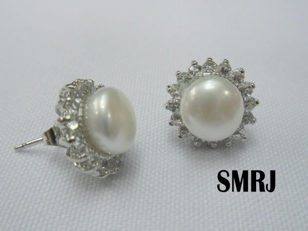WHITE PEARL WITH CZ SILVER EARRINGS; METAL: SILVER; PHI