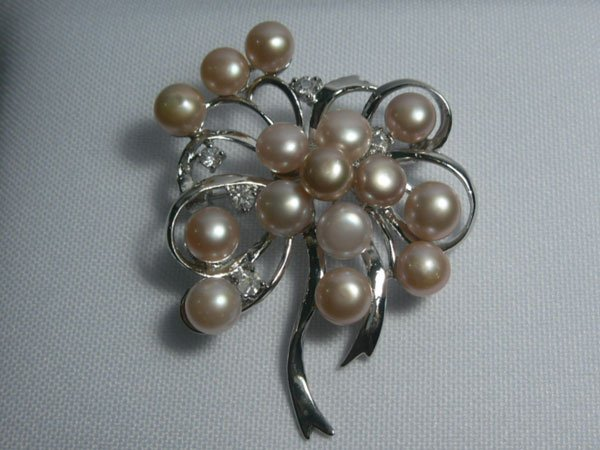 BOUQUETPEACH PEARL CZ BROOCH AUTHENTIC PHILIPPINE PEAR