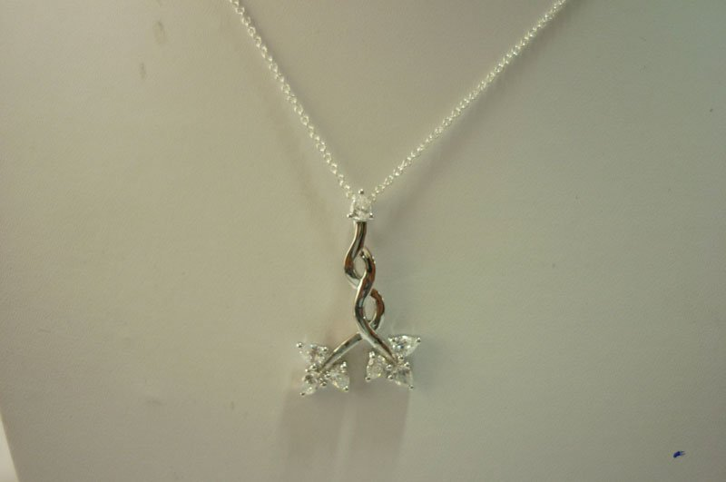 24.00 ctw Pendant and CZ with chain .925 Sterling Silv