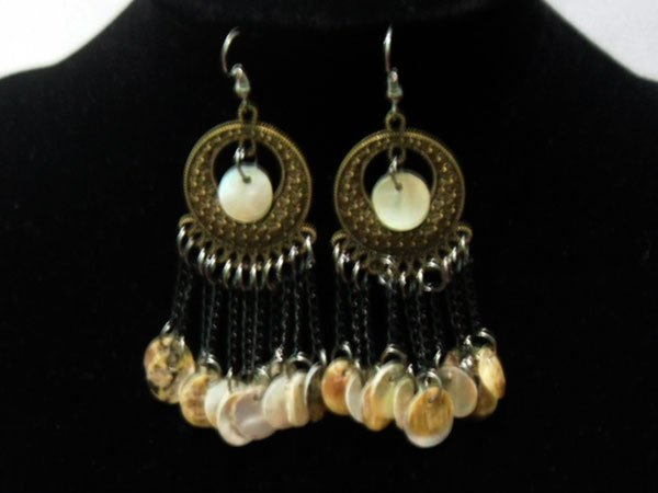 ANCIENT WHITE SHELL CHAINED DANGLING EARRINGS; METAL; S