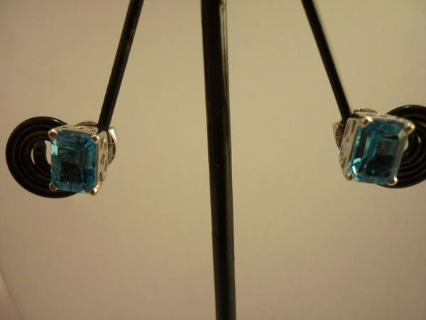 15.00 CTW BLUE TOPAZ EARRING .925 STERLING SILVER