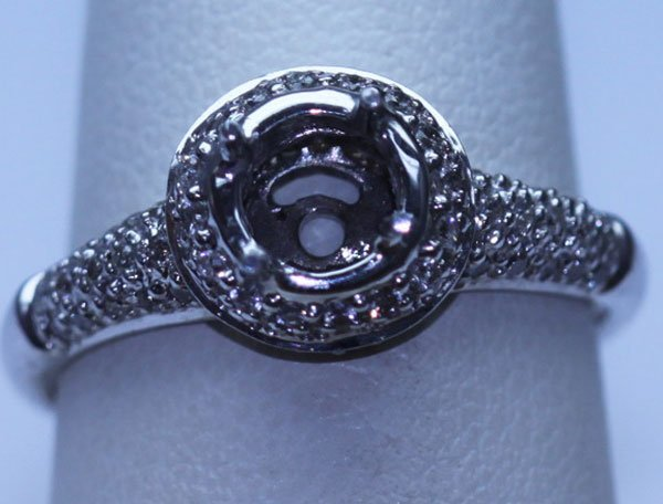 22.70 CTW DIAMOND RING 18K WHITE GOLD