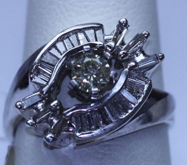 26.20 CTW DIAMOND RING 14K WHITE GOLD