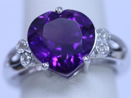 26.00 CTW AMETHYST AND DIAMOND RING .925 STERLING SILVE