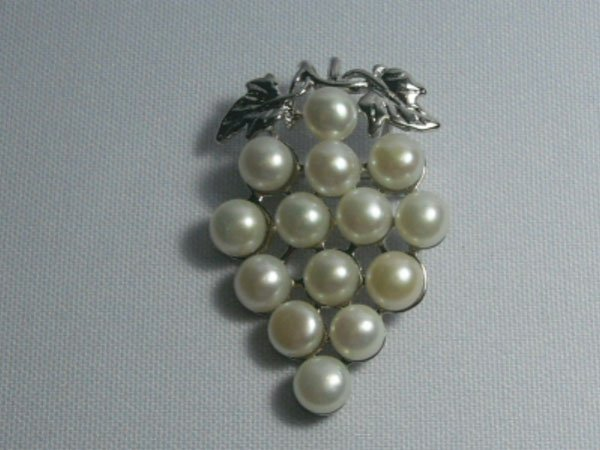 GRAPES WHITE PEARL CZ BROOCH AUTHENTIC PHILIPPINE PEARL