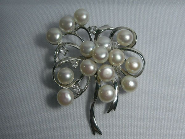 BOUQUET WHITE PEARL CZ BROOCH AUTHENTIC PHILIPPINE PEAR