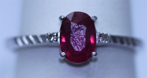 9.05 CTW RUBY AND DIAMOND RING .925 STERLING SILVER