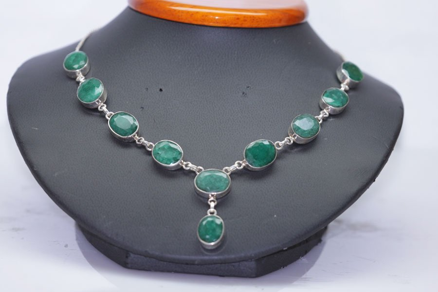 128.22 CTW EMERALD NECKLACE .925 STERLING SILVER