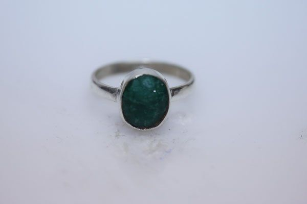 NATURAL 18.00 CTW EMERALD OVAL RING .925 STERLING SILVE