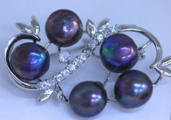 BLACK PEARL AND CZ BROOCH
