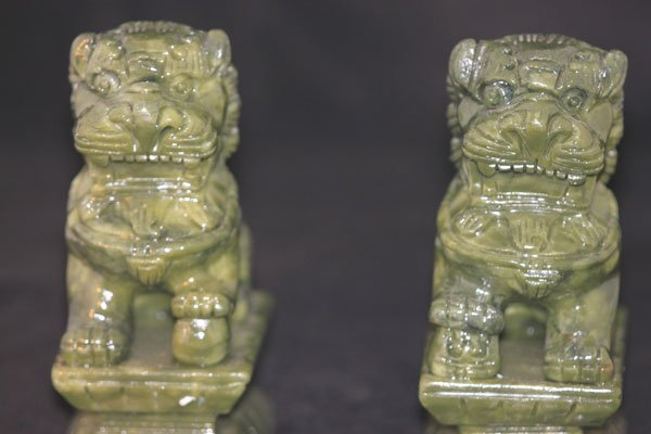 JADE CHINESE GUARDIANS LIONS FIGURINES