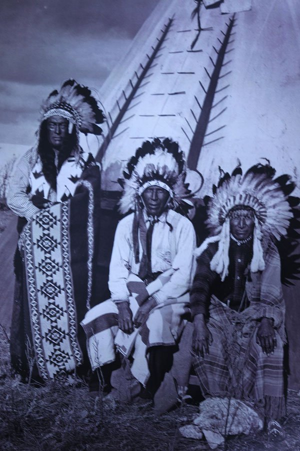 GATHERED 3 NATIVE AMERICANS