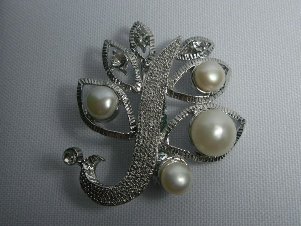 LEAFWHITE PEARL CZ BROOCH AUTHENTIC PHILIPPINE PEARL M