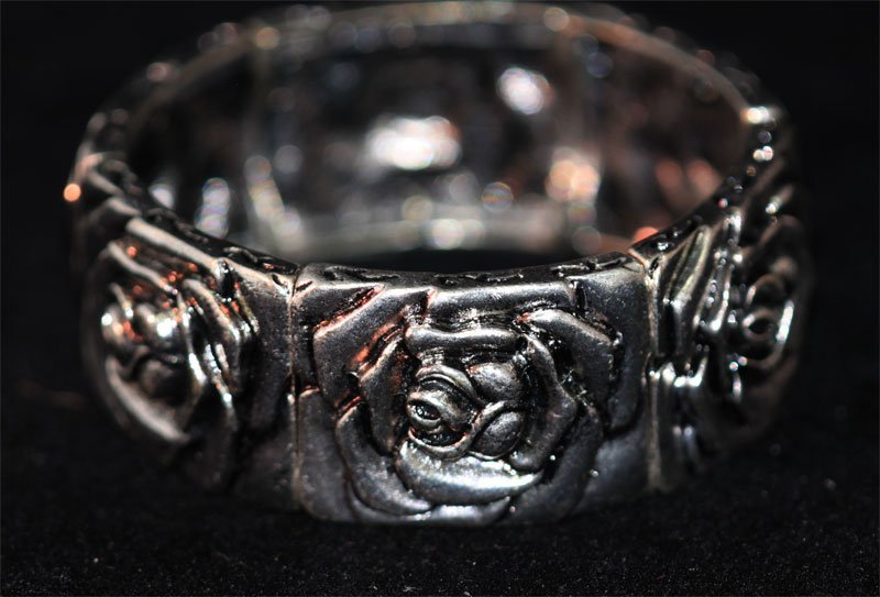 ANTIQUE LOOKING BANGLE