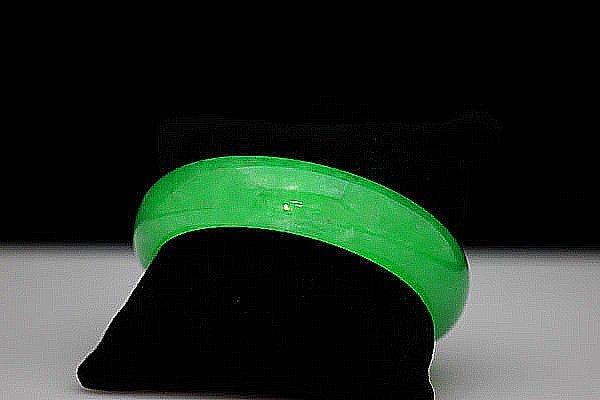 CHINESE GREEN JADE BIG BANGLE