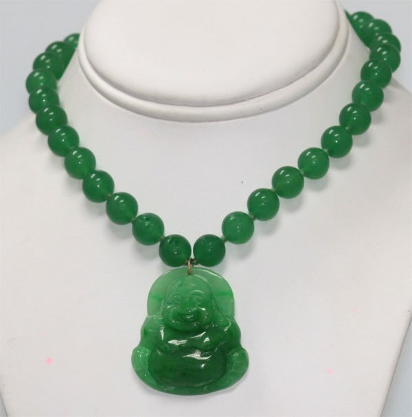 GREEN JADE CHINESE GOOD LUCK CHARM BUDDHA NECKLACE WITH