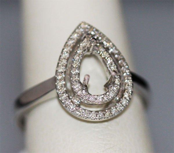 18K WHITE GOLD DIAMOND RING 0.18 CTW
