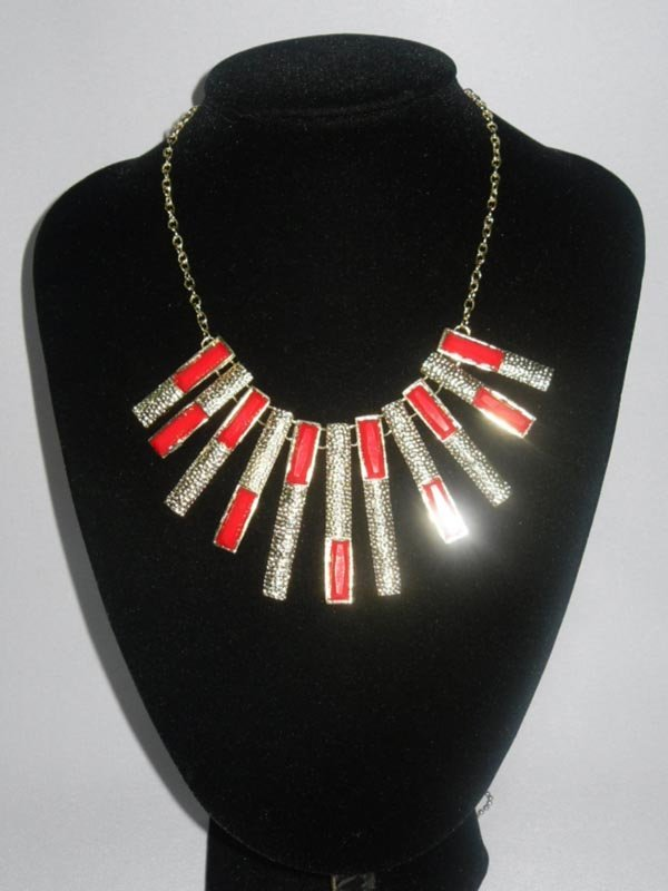 151CTW RED HANGING BARS BRASS NECKLACE;18INCH